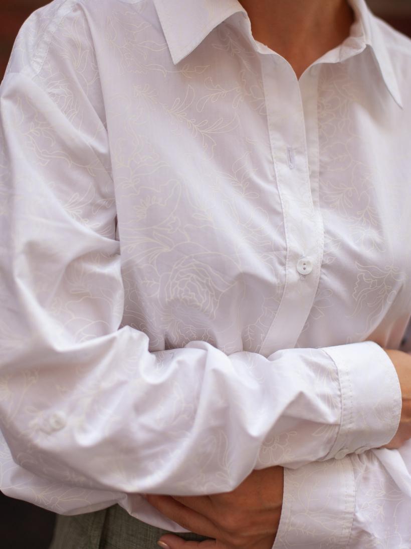 Блузка молочный